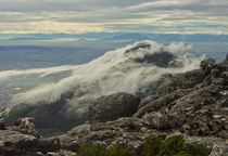Incoming cloud over Table Mountain by Renata Davies