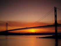 The Forth Road Bridge, Scotland. von Amanda Finan