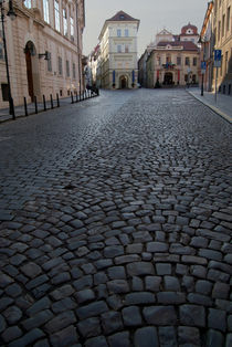 Cobbled-street-prague-03