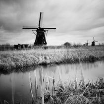 Kinderdijk #01 by Nina Papiorek