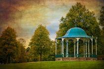 victorian bandstand in shrewsbury von meirion matthias