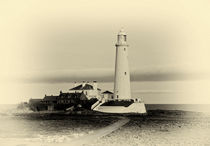 St. Mary's Lighthouse  by tkphotography