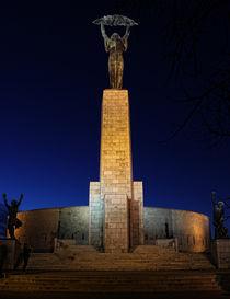 Statue of Freedom by József Lörincz