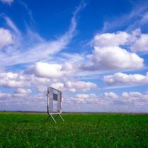 Field von Jon Ongkiehong