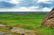 View from Almscliff Crag #6. von Colin Metcalf