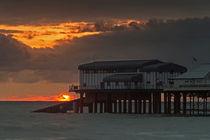 Cromer pier sunrise von royspics