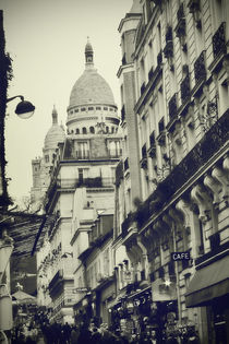on the way to Sacré-Cœur by Stephanie Wüstinger