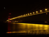 River of Gold- Humber Bridge von Sarah Couzens