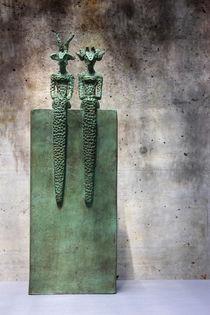Bronze sitzend von Shimmi Schadegg