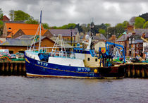 Whitby Fishing Trawler. von tkphotography