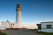 Flamborough Lighthouse by David  Hollingworth