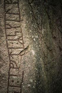 Runes II von Lars Hallstrom