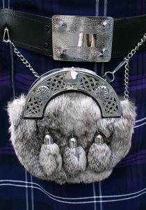 Was trägt der Schotte auf dem Kilt?