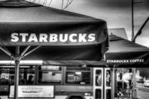Starbucks-umbrella