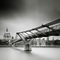 London: Millenium Bridge von Nina Papiorek