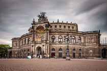 Semperoper Dresden by Stefan Kloeren