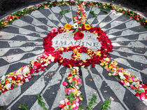 John Lennon Memorial in Central Park von Kelsey Horne