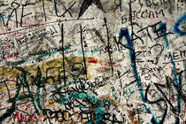 Berlin-wall-graffiti