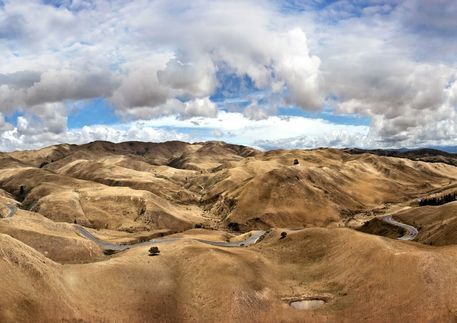 Nz-south-island-velvet-hills-a0-superbig-1200