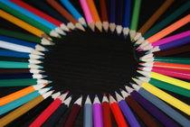 colored pencil circle by pebblejarimages