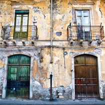 FASSADE - Giardini Naxos - Sicilia von captainsilva