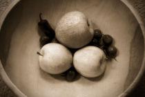 Apples & Cherries von Eye in Hand Gallery