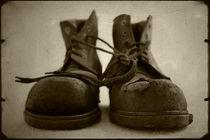 Old Boots von Andrew Lever