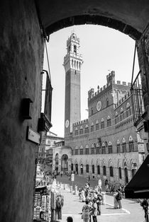 Palazzo Pubblico, Siena by Russell Bevan Photography