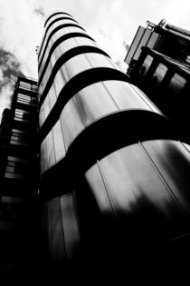 Lloyds Of London Building by David Pyatt