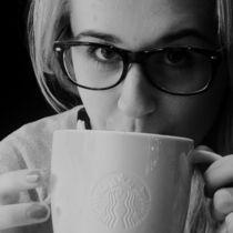 Starbucks coffee von Julia Grzywacz