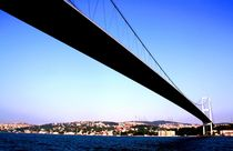 Bosporos Brücke von Julia  Berger