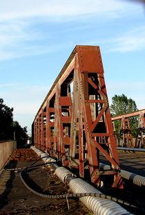Brücke by Simone Cuambe