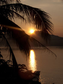 Luang Prabang, Sonnenuntergang am Mekong by pictaria
