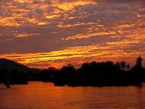 Strahlender Sonnenuntergang auf Don Det von pictaria