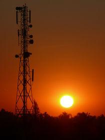 Sonnenuntergang mit Technik von pictaria