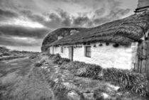 Manx Cottages Niarbyl Beach by Julie  Callister