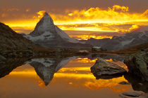 Matterhorn Sunset von mark haley