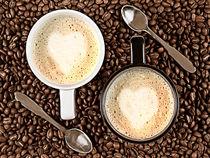 Latte for two by Gert Lavsen