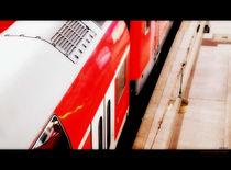 red train by Pia Schneider