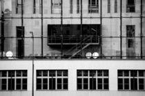 Hinter Glas  von Bastian  Kienitz