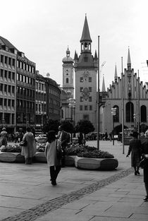 BW Germany Munich Church Marienplatz 1970s von blackwhitephotos