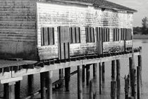 OLD CANNERY BUILDING Steveston British Columbia von John Mitchell