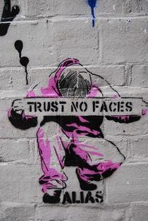 Trust No Faces von Diana Hartmann