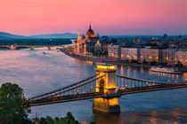 Budapest 02 by Tom Uhlenberg
