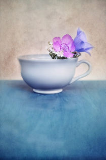 cup with flowers by Priska  Wettstein