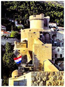 Min?eta-Turm by Tatjana Servais