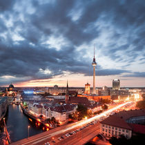 Berlin Evening von bromberger