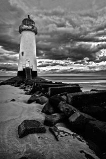 Talacre lighthouse in bw von Mark Bunning