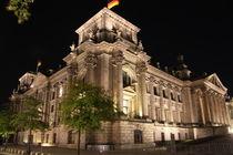 Reichstag bei Nacht Eckansicht von alsterimages