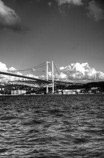 Istanbul Ortakoy by Roberto Giobbi